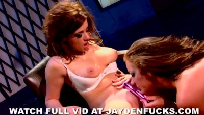 Girl on Girl with Taylor Vixen