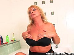 Preview 1 of Chunky Grandma With Hanging Big Tits Rubs Her Old Clit