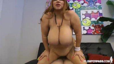 BBW Legend Samantha 38G Fucks Stud