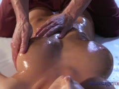 Preview 5 of Massage Rooms Brunette With Big Natural Tits Has Intense Orgasm