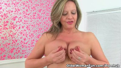 English milf Silky Thighs Lou takes care of her hot pussy