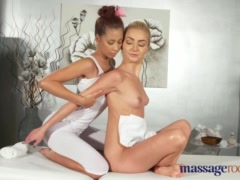Preview 3 of Massage Rooms Orgasmic Sex For Hot Blonde And Brunette Lesbians
