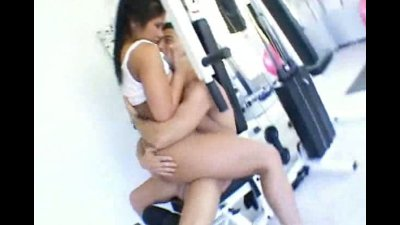 asian hottie fucked in the fitness center