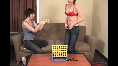 2 amateur girls playing sex games