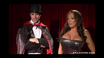 BUSTY BIGTIT  ASS BRUNETTE DEEPTHROATS MAGICIAN'S MAGIC ROD