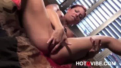 Brunette Squirting Babes 1
