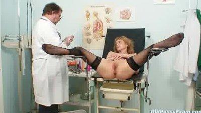 Skinny MILF Nora gyno clinic exam by kinky doctor