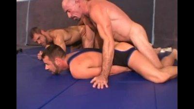 Muscle Wrestlers