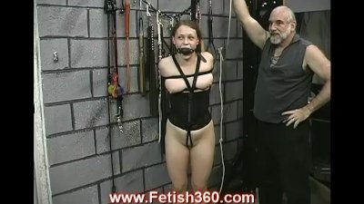 Hot slave Joleen gets nipple punished