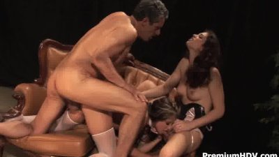 Pornstars blowgang suck by turn