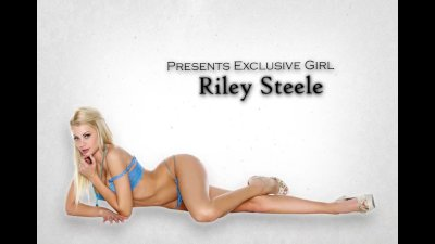 Bigtit blonde escort Riley Ste