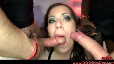 BBW in fucking and pissing orgy