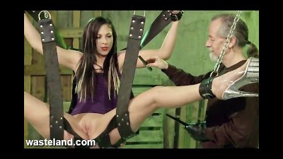 Wasteland Bondage Sex Movie  Jade Just Hanging Around Pt 1