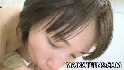 Japanese teen Natsuko Osanai g