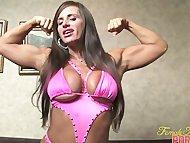 Nikki Jackson Makes Herself Cum