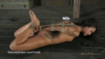 AVN Award Nominee Skin Diamond is Sexually Overloaded with Cock