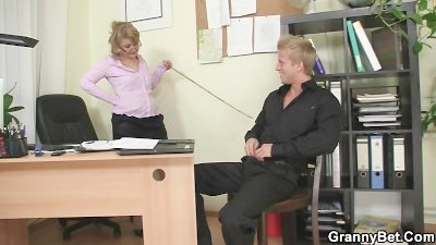 Naughty office lady bangs empl