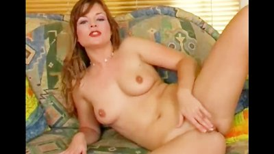 Mature Played With Her Pussy