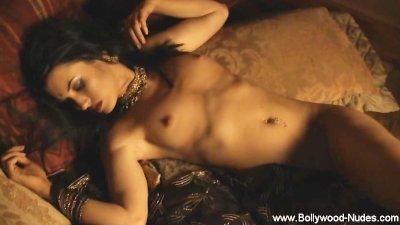 Steaming hot Brunette Erotic Stomach Dance