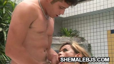 Sexy shemale Kamila Smith taking in a hard cock