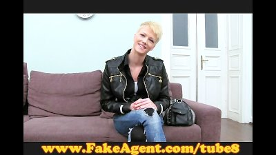 FakeAgentBiker chick needs servicing