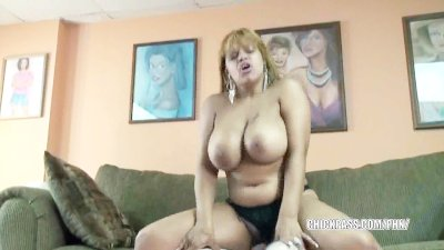 SEXY Latina babe is fingered and fucked in her hotel room
