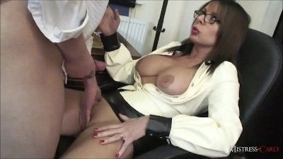 MistressCarly gives her student bottom marks for his wanking