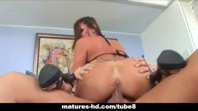 Huge tits slut gets a mean facial