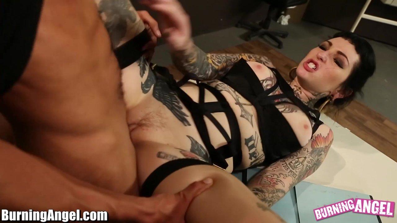 Download video porn julia ann