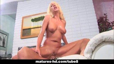 Mature blonde MILF takes a hard cock deep
