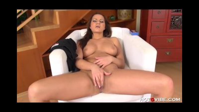 Perfect Brunette Furiously Masturbates