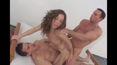 Oyeloca Latina anal hardcore sex with three guys