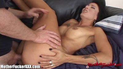 MotherFucker Tight MILF Gets Slammed