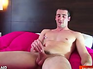 Straight guy serviced ! (huge cock)