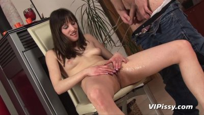 Nolitas spread pussy showered with her lovers hot piss