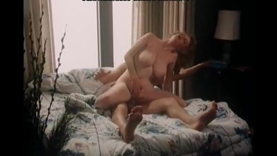 Sexy lady has a fuck in classi