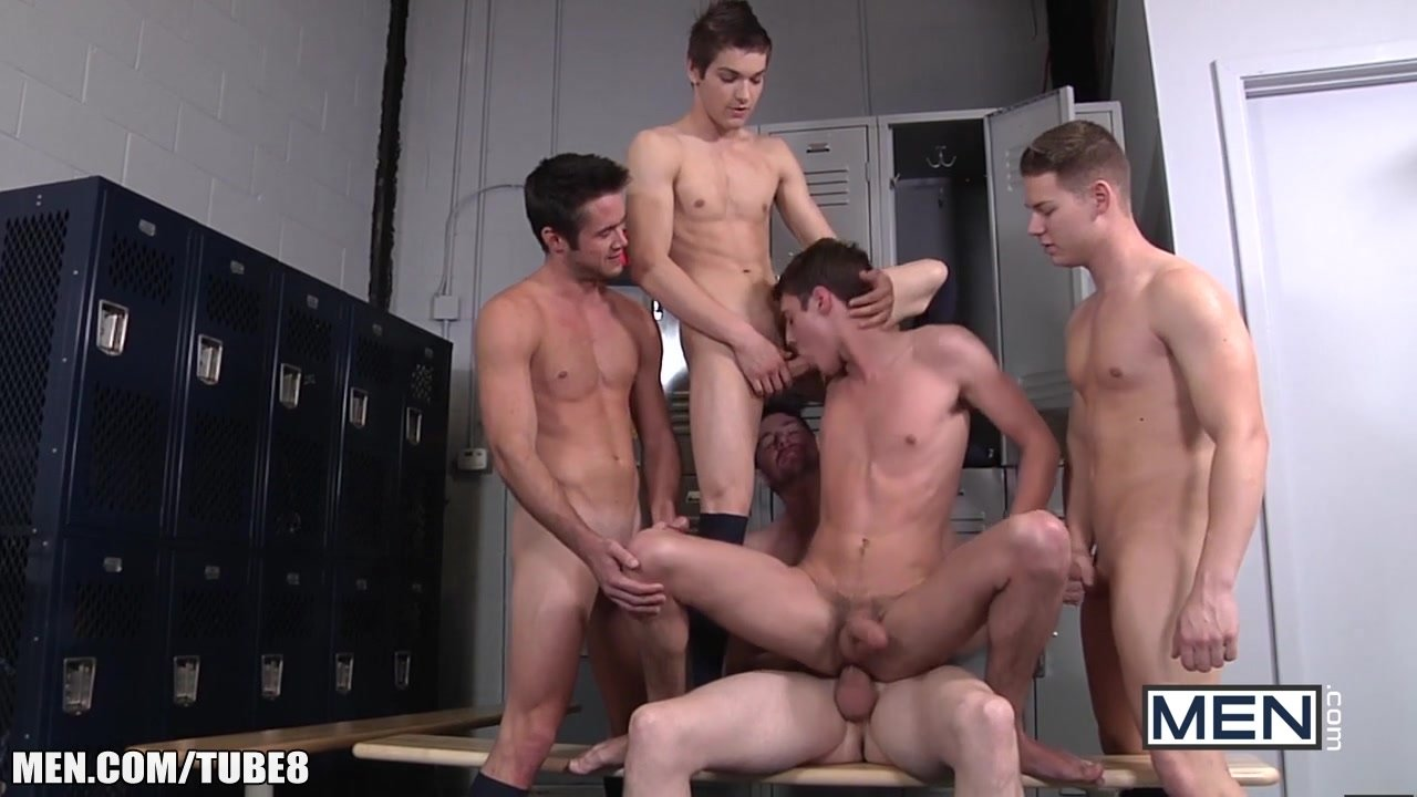 Locker Room Gay Orgy With Studs Blowing Cock