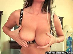 Preview 4 of Mature Mom With Big Tits And Creamy Pussy
