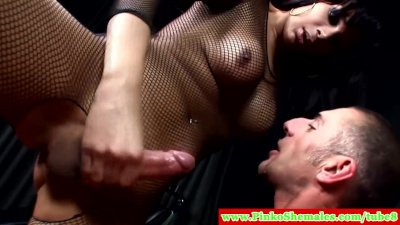 Italian trannies enjoying threesome