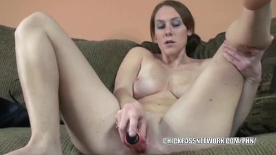Busty college girl Mariah fucks her twat with a dildo