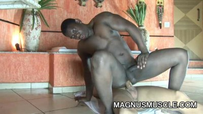 Hunter Corbin and Robert Gaucho: Bubbly Interracial Anal Encounter