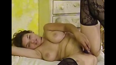 Busty amateur Serena strips an