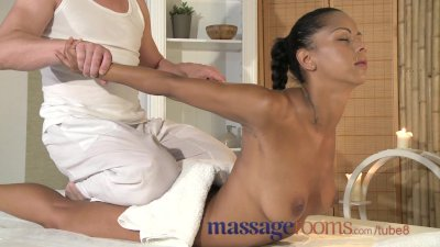 Massage Rooms Beautiful black girl's pussy trembles as she cums hard