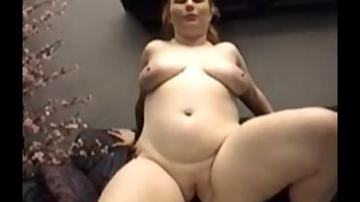 Busty amateur Fiona rides on black cock and gets jizz