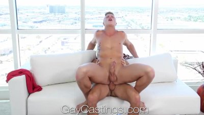 GayCastings Chicago go-go dancer wants to try porn