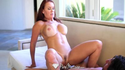 HD - PureMature Bathing Janet Mason gets juicy creampie