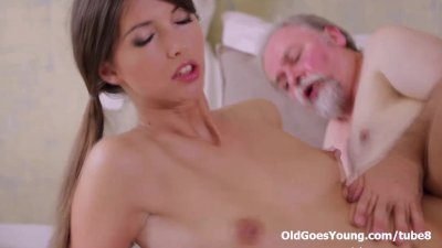Young Marisa was so horny and wanted this old dude