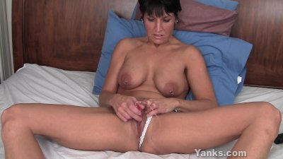 Hot Milf Kassandra Vibrating H