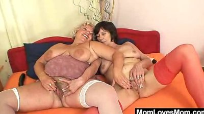 Unshaven amateur mammas first