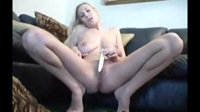 Hot blonde babe Autumn playing